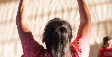 Toque de dedos colocadora voleibol